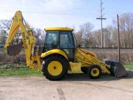 Where to rent TRACTOR BACKHOE NH LB75.B in Greater Kankakee area.